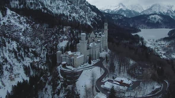 Thumbnail for Schloss Neuschwanstein am Wintertag