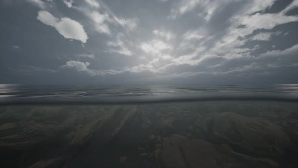 Thumbnail for Halb Wasser Ozean Shoot unter Wasser Linie