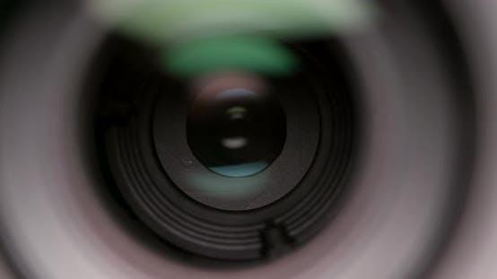 Thumbnail for Adjusting aperture of camera lens operation