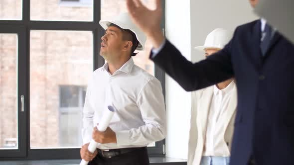 Architect or Realtor Showing Office To Customers 21