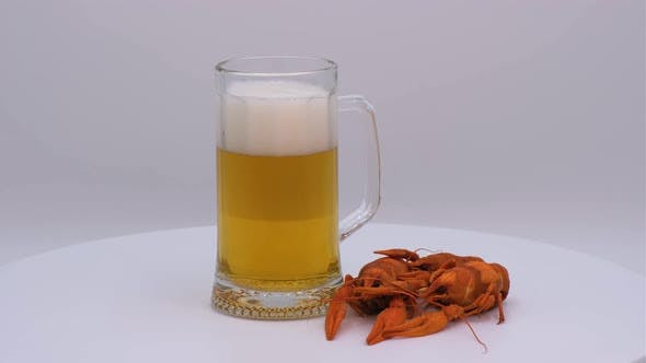Beer with crayfish