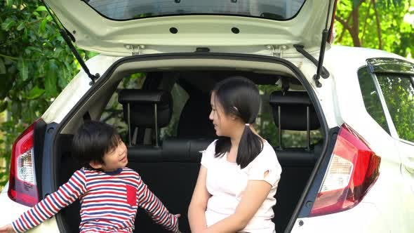 Asian Children Ready For The Travel For Summer Vacation