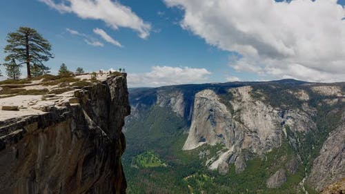 Yosemite Taft Point Time Lapse