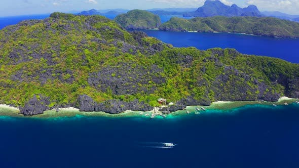 Thumbnail for Scenic View of the Bay Surrounding Matinloc Island at Palawan, Philippines