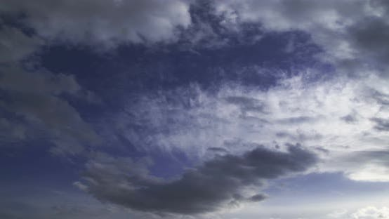 Thumbnail for Dramatic Forming Clouds Time Lapse