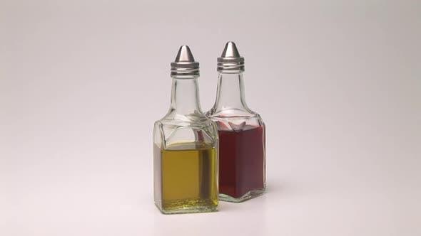 Thumbnail for Oil and vinegar