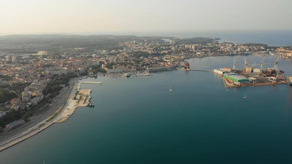 Thumbnail for City of Pula and Uljanik Shipyard