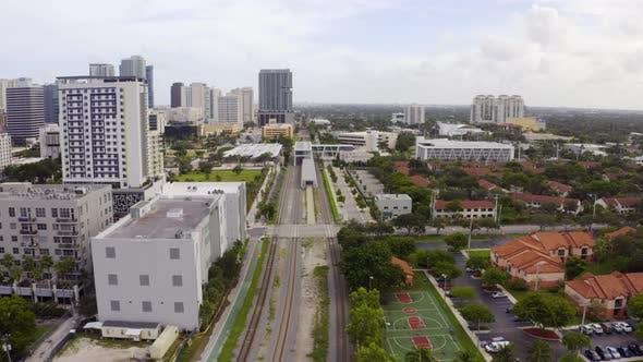 Railroad Tracks Running Through City Of Fort Lauderdale Fl Usa
