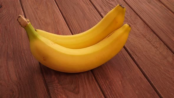 Thumbnail for Rotierende reife Bananen 3