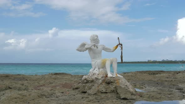 Thumbnail for Sculpture on the beach