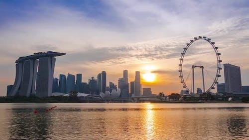 Panorama von Singapur bei Sonnenuntergang