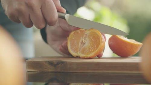 Cutting Mandarin