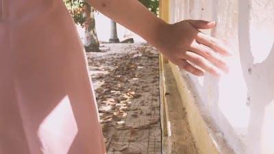 Girl Hands. girl Walk