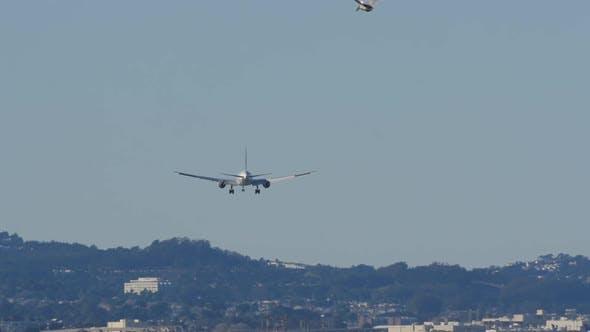 Thumbnail for Plane Landing