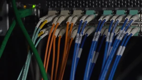 Thumbnail for Kabel mit elektrischem Strom, Informationsdatenzentrum, veraltete Technologie