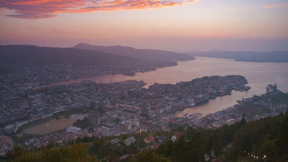 Thumbnail for 4K Timelapse of Mount Fløyen, Bergen, Norway