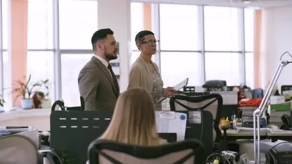 Thumbnail for Businesswoman Showing Office to Male Colleague
