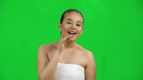 Beautiful Girl Looking Forward Carefully and Shouting or Calling for Someone. Green Screen