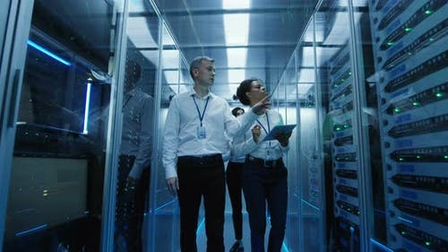 Coworking Engineers in Data Center