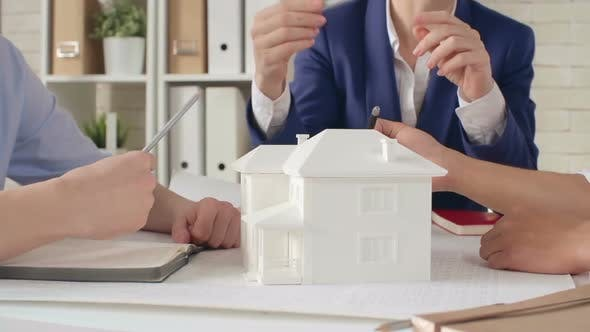 Thumbnail for Discussing House Model