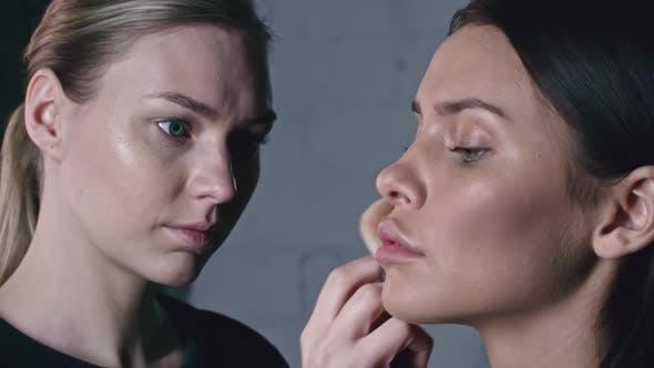 Thumbnail for Professionelles Makeup