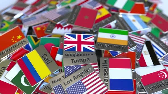 Cover Image for Souvenir Magnet with Casablanca Text and Flag