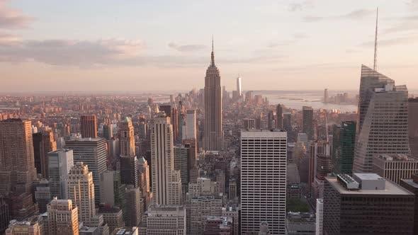Thumbnail for 4K Aerial Sunset timelaspe of Manhattan skyline - New York - USA