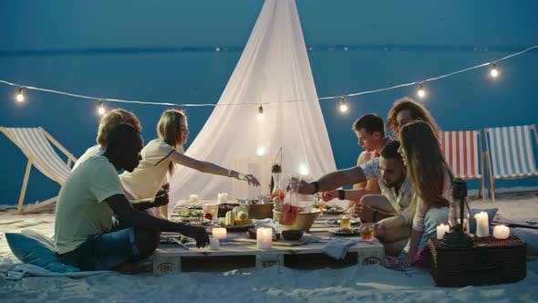 Cover Image for Beautiful Dinner on the Beach with Friends