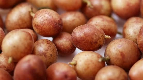 Thumbnail for Clausena wampi fruit