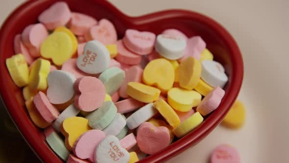 Thumbnail for Rotating stock footage shot of Valentine's Day candy - VALENTINES