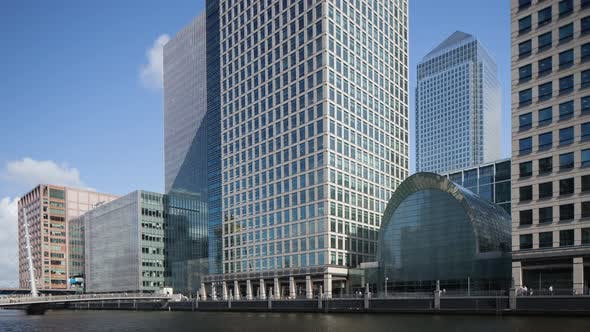4k docklands canary wharf london finance city money business offices southquay