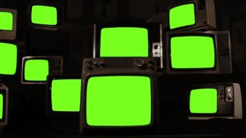 Vintage-TVs, die grüne Bildschirme einschalten. Sepia-Ton.
