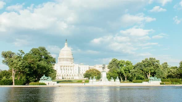 Time lapse of the United States Capitol.