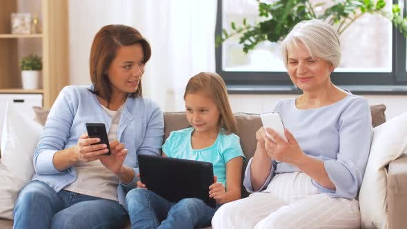 Thumbnail for Mother, Daughter and Grandmother with Gadgets 27