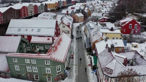 Thumbnail for Luftaufnahme über Trondheim, Norwegen Winter