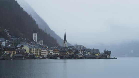 Thumbnail for Buildings along the Hallstatter See shore