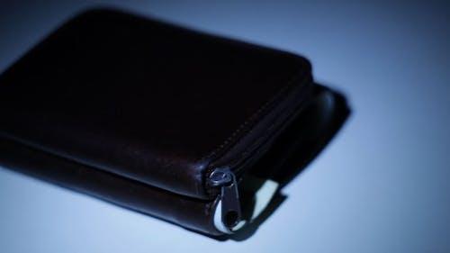 Brieftasche stehlen