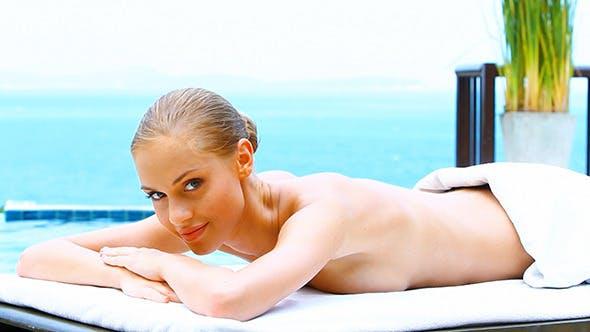 ass-tits-sexy-blonde-bath-pics