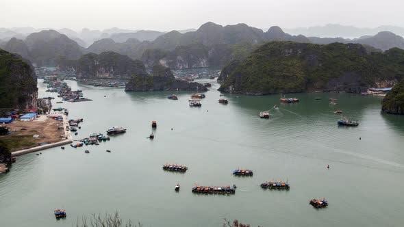 Boats in Cat Ba Island, Ha Long Bay, Vietnam Timelapse