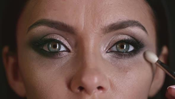 Thumbnail for Gorgeous Eye Makeup