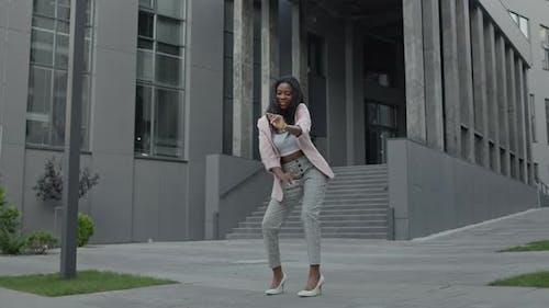 Black Girl Dancing Modern Dances On The Street