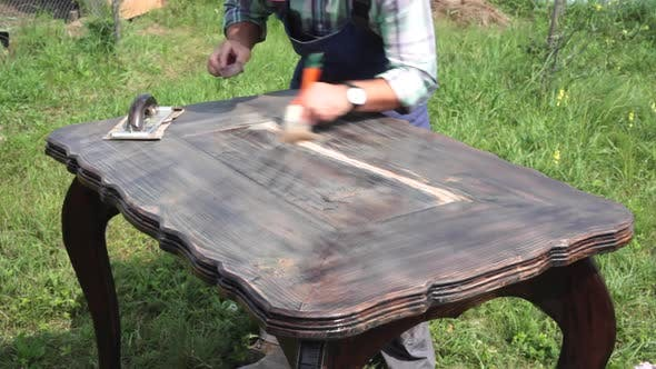 Thumbnail for New Life of an Old Table DIY