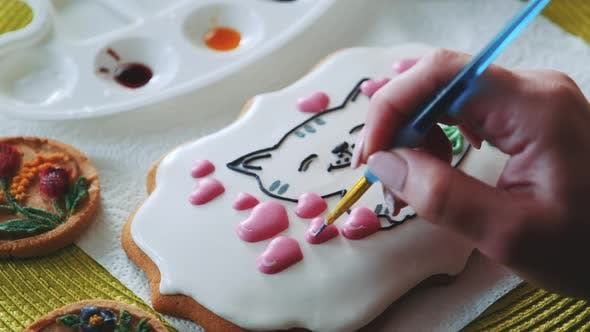 Thumbnail for Royal Icing Cookie Decorating with Special Food Brush and Colors