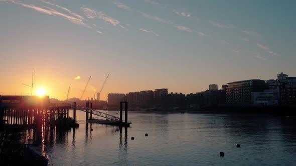 Cover Image for River Thames Sunrise London