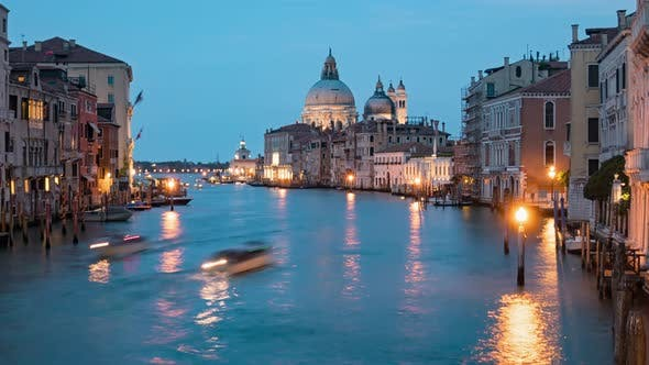 Twilight Timelapse of Venice Grand Canal