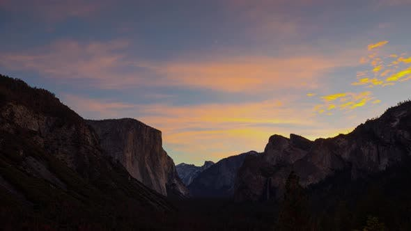 Thumbnail for Yosemite Valley Time Lapse