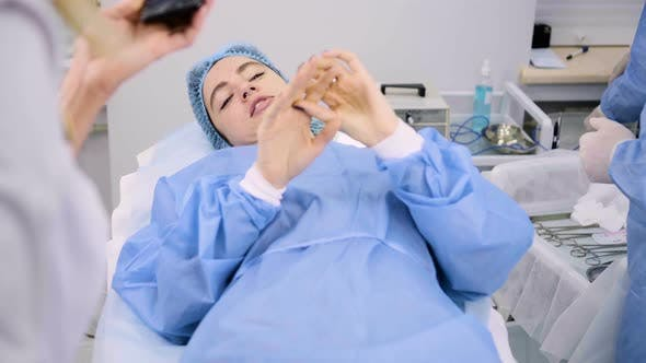 Cosmetic Surgery in the Clinic