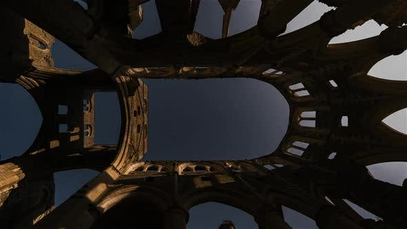 Thumbnail for Night timelapse of the moonrise over the Abbey