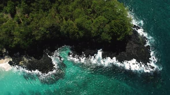 Thumbnail for Ocean Waves Breaking On Reef