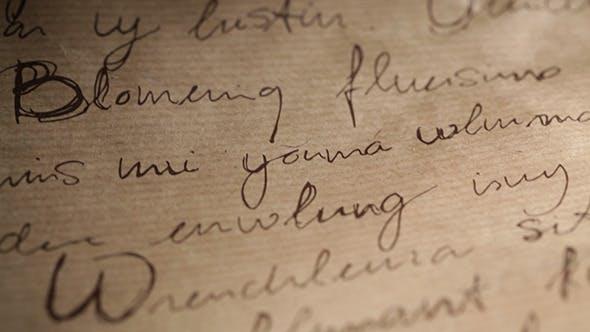 Abstrakte Inschriften auf braunem Vintage-Hintergrund